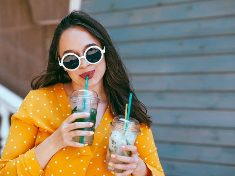 plus size woman enjoying cool drinks